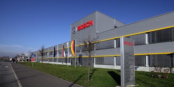 Rugalmas gyártási koncepció Ipar 4.0 alapokon a Bosch miskolci kéziszerszám gyárában – előadás