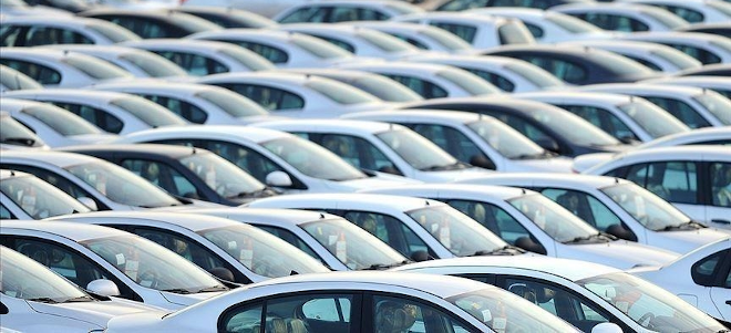 Csökkent a kereslet az új autók iránt