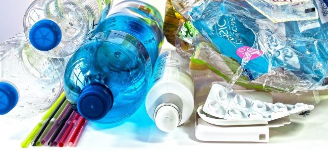 Az egyszer használatos műanyagok újrahasznosítása – válság és lehetőség